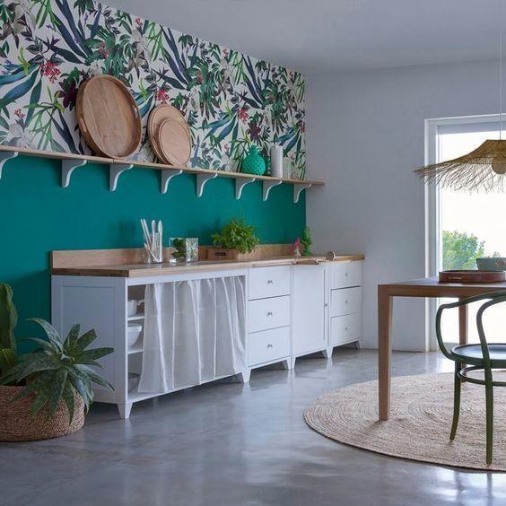 mettre en avant une cuisine blanche avec de la couleur