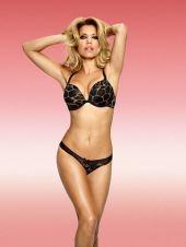 Sylvie van der Vaart in sexy Dessous