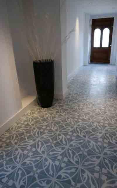 Ambachtelijke rustieke vloeren estriken natuursteen