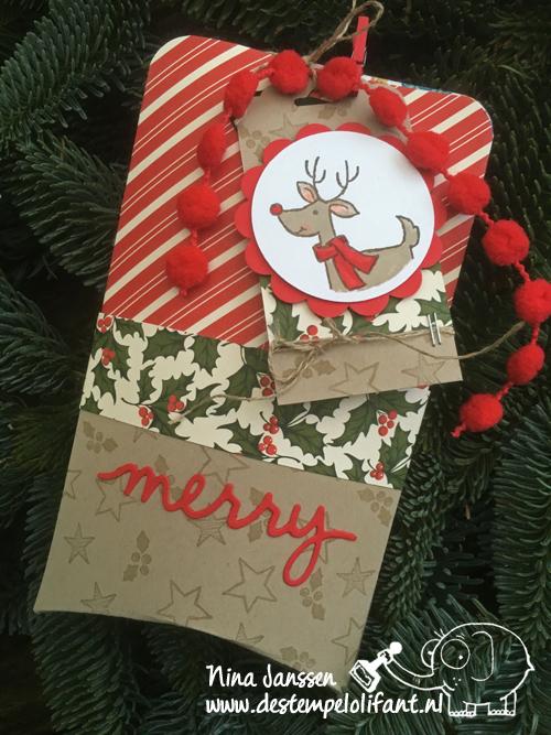 label met doosje kerst