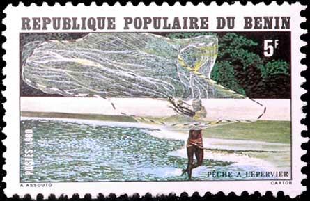 Pêche à l'épervier en république du Benin.