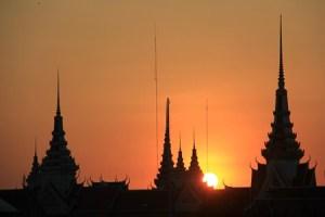 Jours 142 & 143 : Phnom Penh, une ville chargée d'histoire…