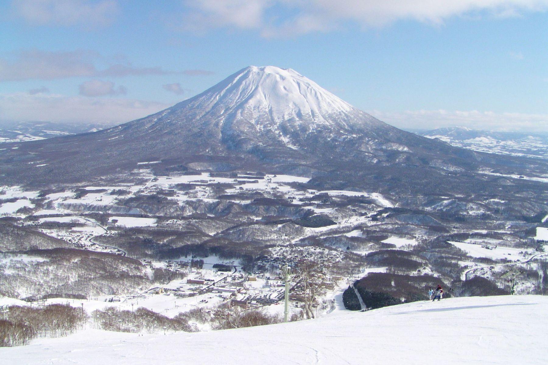 Ski freeride Niseko Hokkaido Japon  Destination Poudreuse