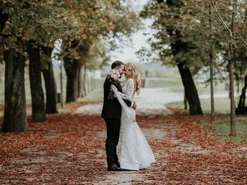 AUTUMN WEDDING FAIRY TALE: B&B