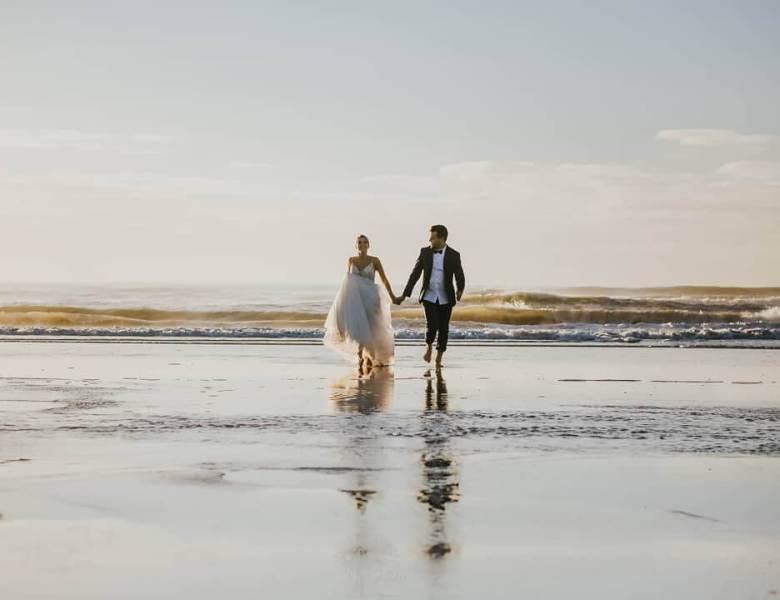 TRASH THE WEDDING DRESS TREND
