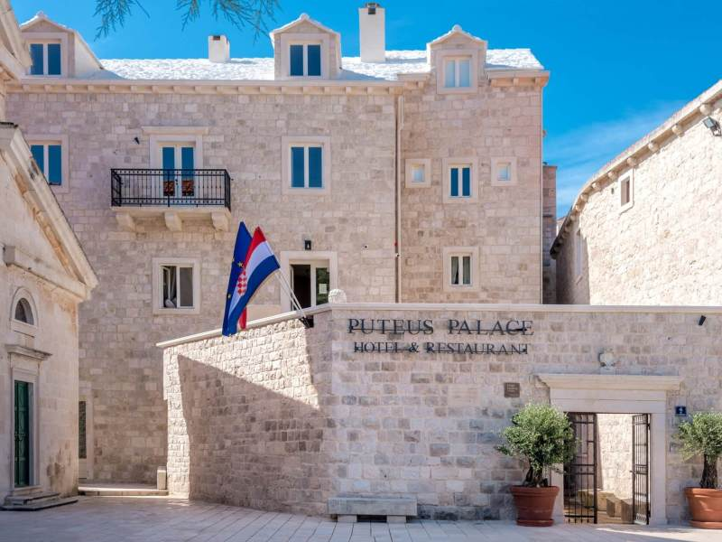 VENUE OF THE WEEK: PUTEUS PALACE
