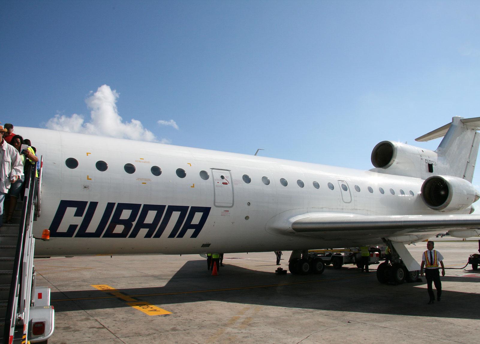 Cubana Airlines  Cubana Flight