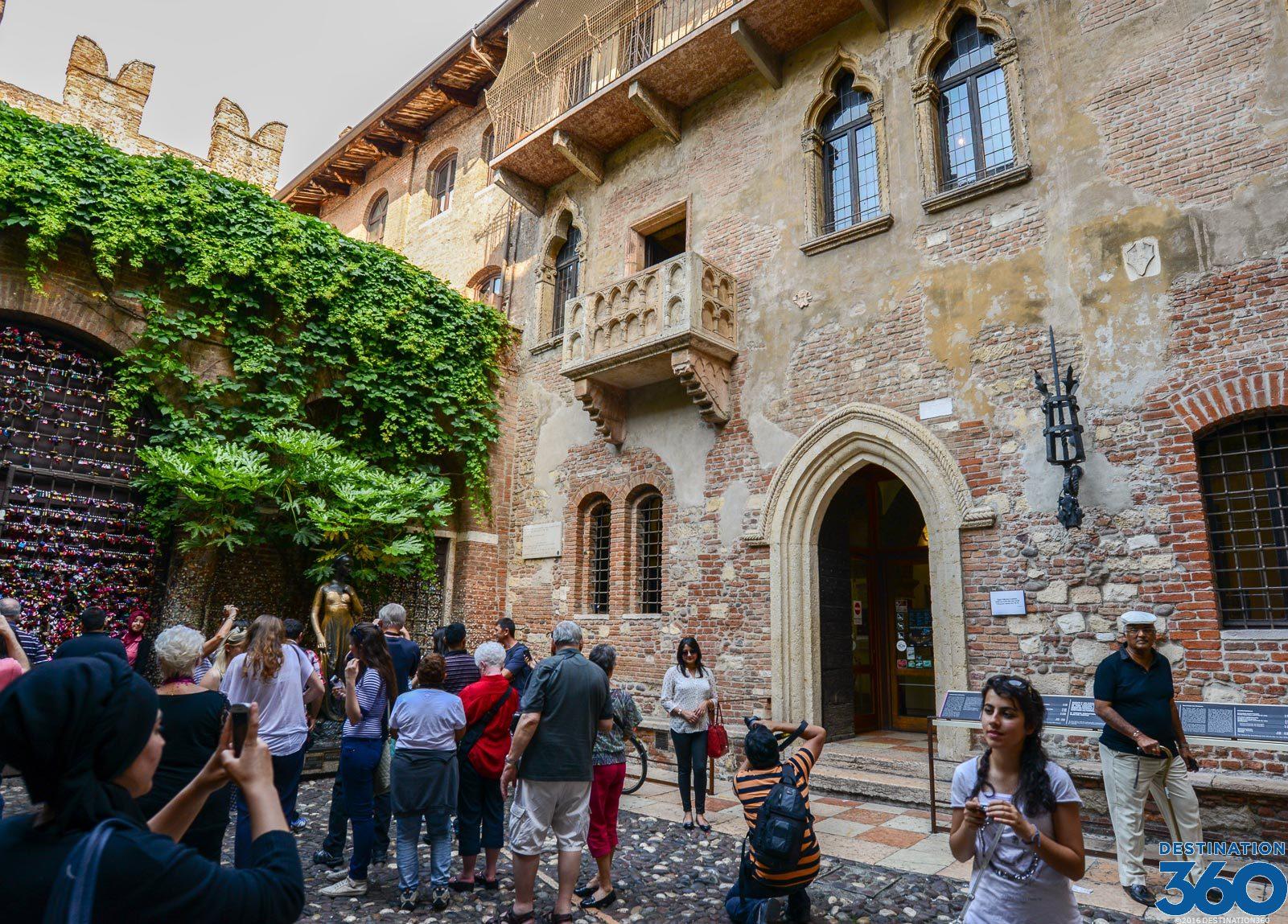 Casa di Giulietta  Juliets House in Verona  Juliets