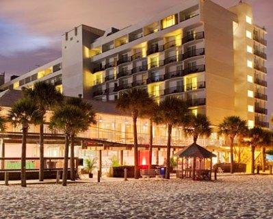 Hotels Near Pier 60