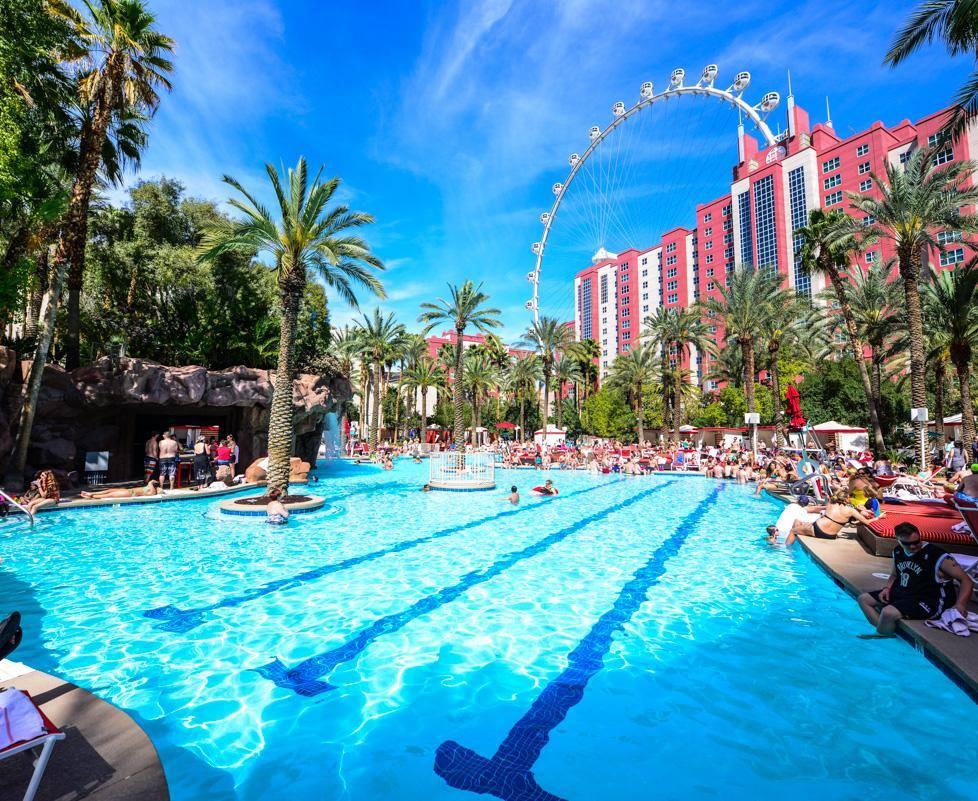 Vegas Weddings Mirage