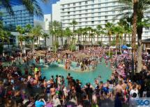Stratosphere Hotel Pool Hotel