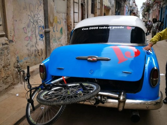 Transporting Marco & Polo in true style from Habana Vieja to Miramar, Havana. - Bringing used bikes from Canada to Cuba