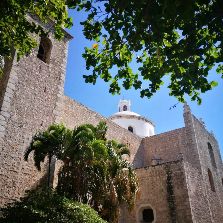 Merida Mexico - The Iglesia El Jesús  - Destination Addict