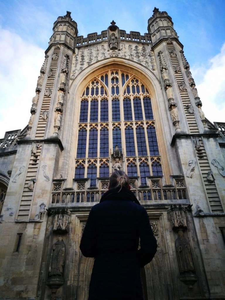 Destination Addict - Looking up in awe at the stunning Bath Abbey, city of Bath, Somerset.