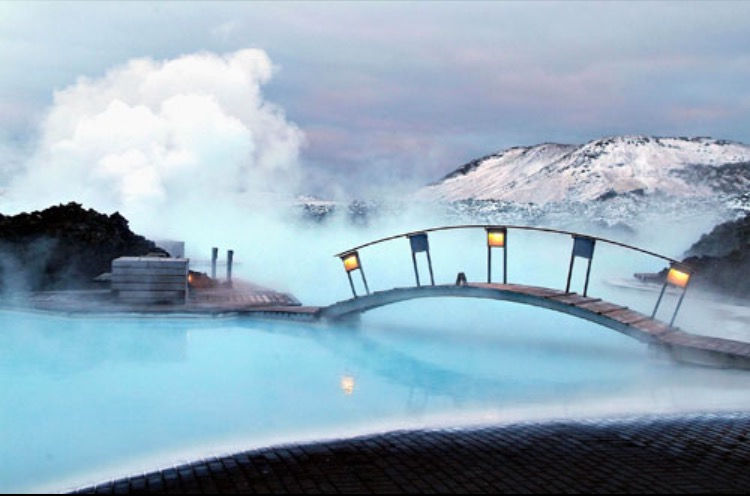Blue Lagoon in Winter (Photo Credit: Extreme Iceland)