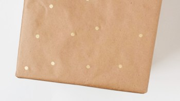 How to Make Polka Dot Wrapping Paper