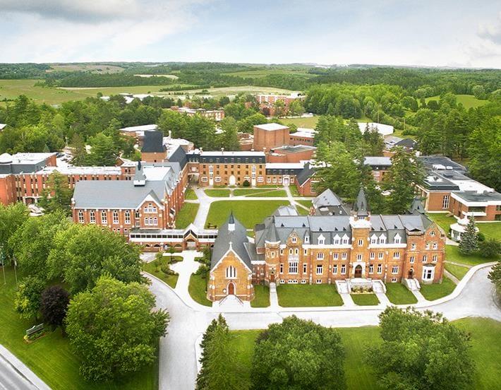 Universit Bishops  Destination Sherbrooke