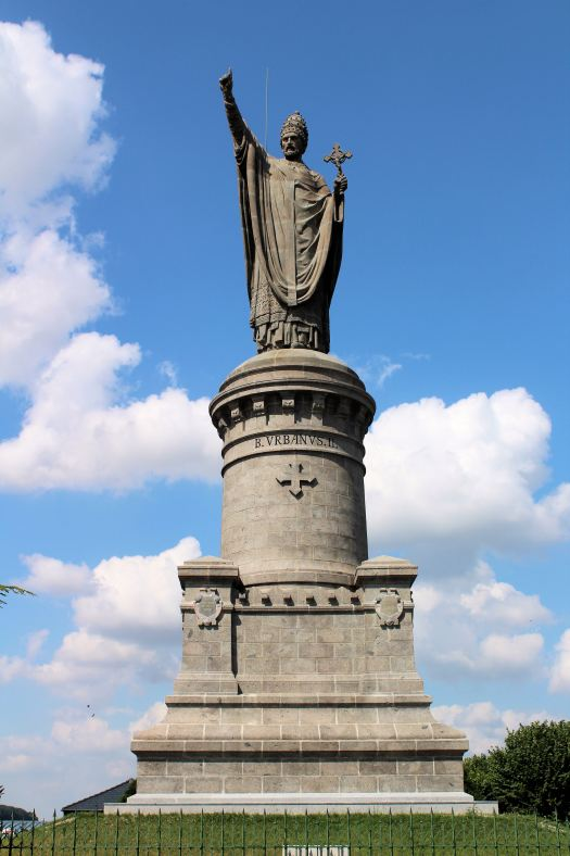 Pope Urban II Statue in Chatillon Sur Marne