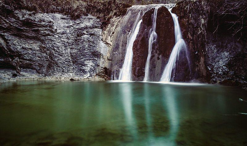 Alla scoperta del Monte Nerone tra cascate grotte e birra