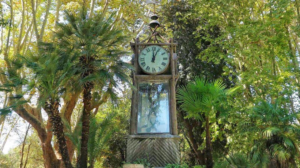 L orologio ad acqua foto di villa borghese roma tripadvisor