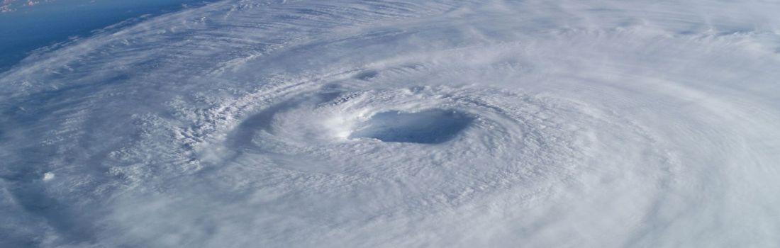 Uraganele vor putea fi domolite de către intervenţia oamenilor
