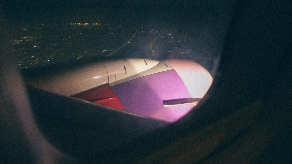 Gerenciamento de ordem ERP Avião da Henan Airlines em direção de Hong Kong