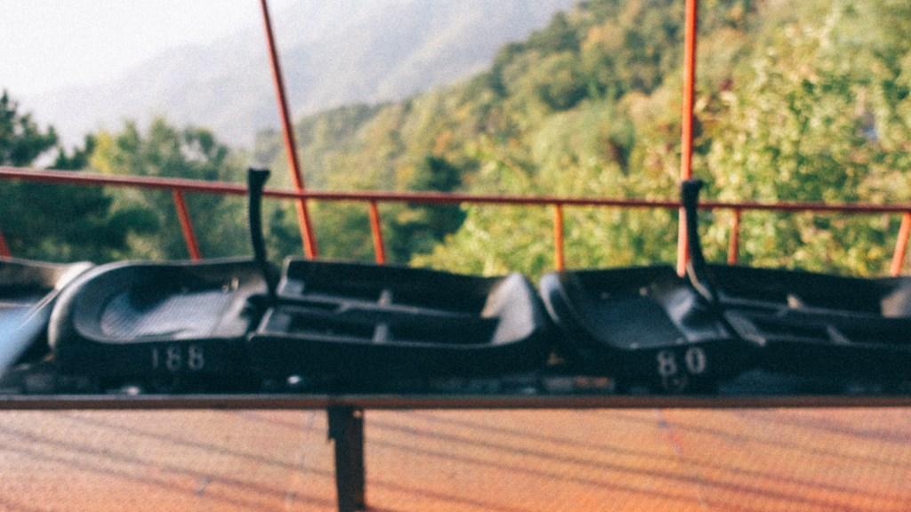10 Dicas para quem quer viajar para a Coréia do Sul Escorregador na muralha da China