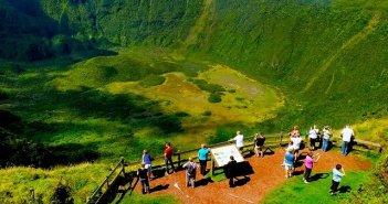 Voos low cost para os Açores na Ryanair e Easyjet