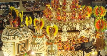 Promoções para as Mini-Férias de Carnaval. Autor: Sergio Luiz sob licença Creative Commons Atribuição 2.0 Genérica