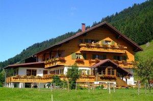 Circuito turístico nos Alpes