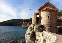 Circuito turístico na região dos Balcãs