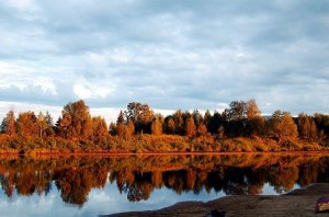 O sol da-meia-noite na Finlândia