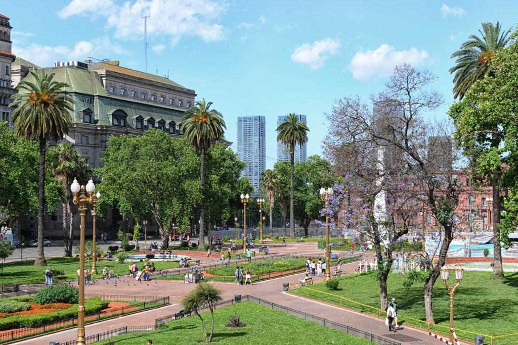 Plaza de Mayo - Melhores passeios de Buenos Aires
