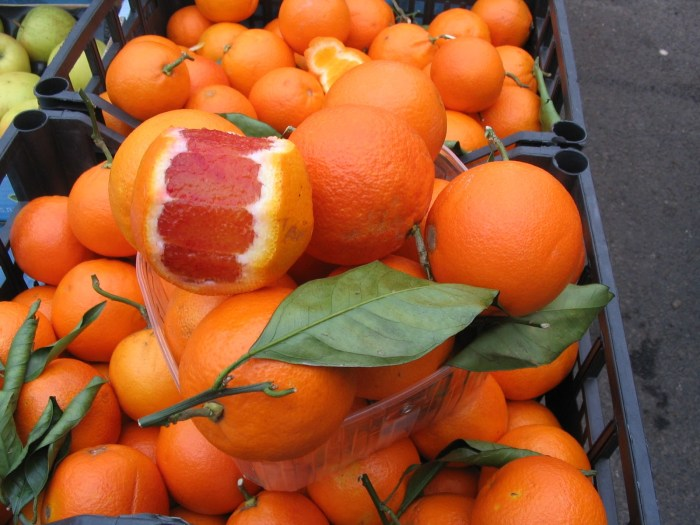 Olha a cor dessa laranja