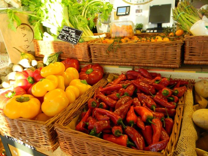 Pimentas e pimentões coloridos