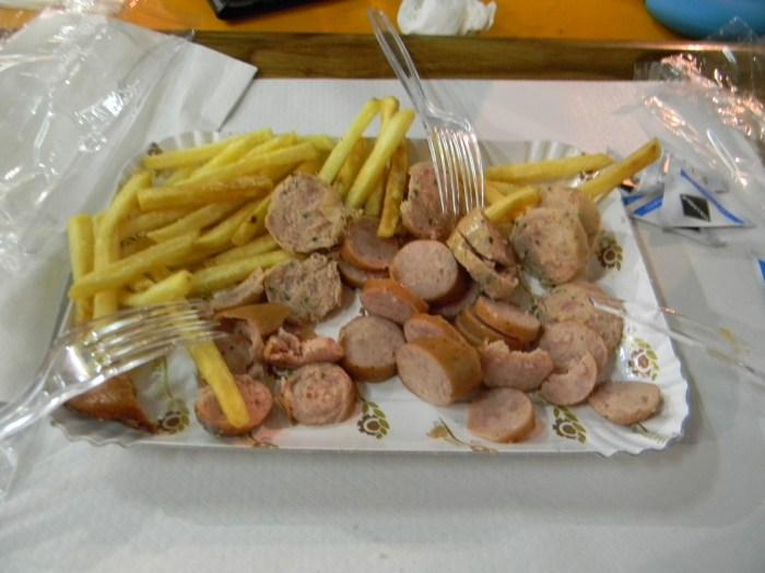 Salsichas e batatas - GGOP / Blog Destinos por onde andei...