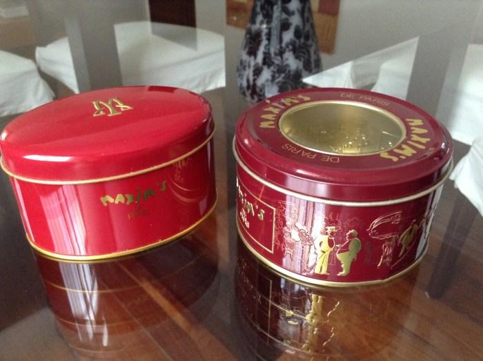 Caixinhas de chocolates da Maxim´s, comprados nas Galerias Lafayette, Paris