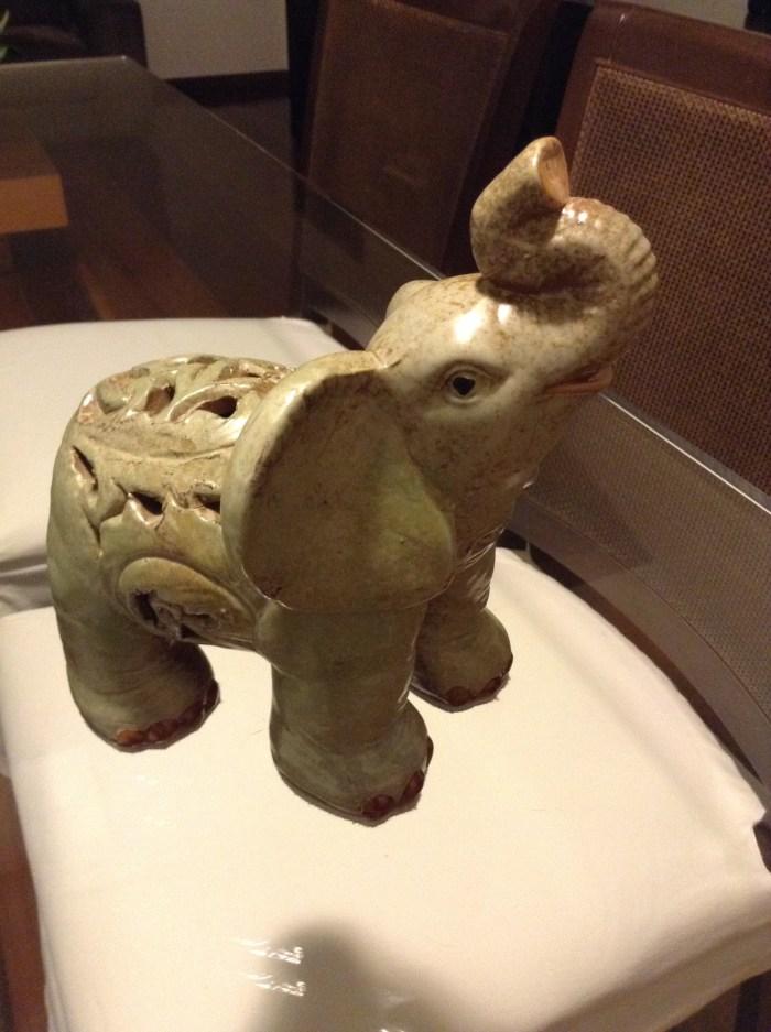Elefante de Santo Antônio do Pinhal, perto de Campos do Jordão, não é uma simpatia?
