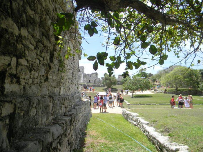 e à rica história Maya