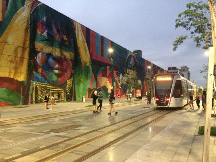 Tram, o trem de superfície do Porto Maravilha