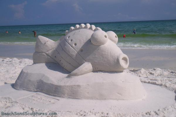 Play In Sand With Beach Sculptures