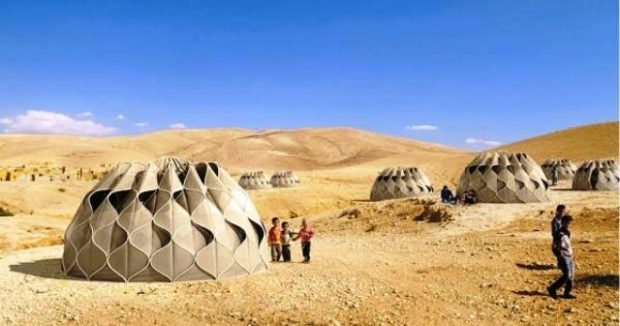 cool-tent-collects-rainwater-store-solar-ene3