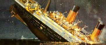 tragiki-eironeia-deite-ti-kanei-o-kapetanios-toy-titanikoy-ligo-kairo-prin-vythistei-to-ploio