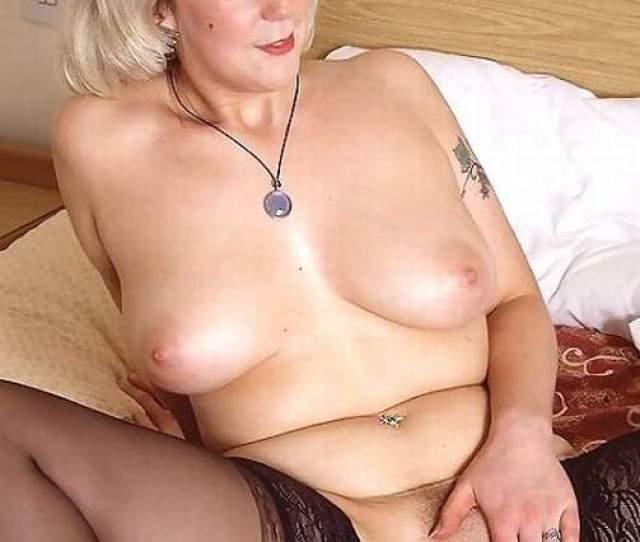 Nude Mature Women Porn