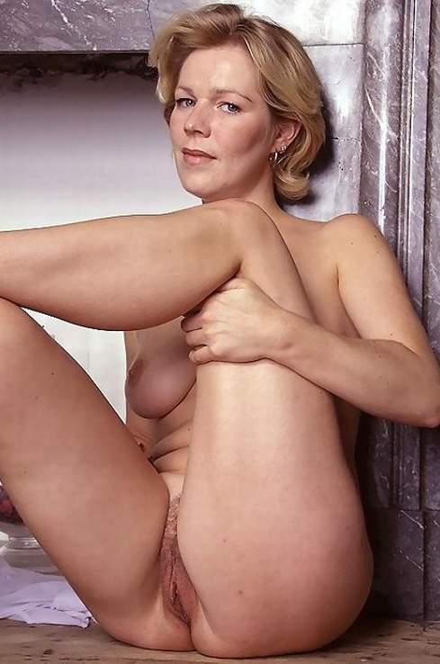 XXX OMAS - Blonde pierced mature banged in bed