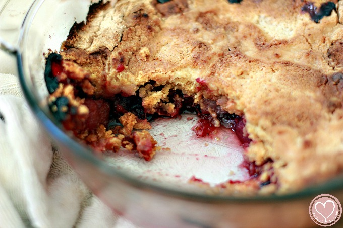 cranberry-dump-cake-thankgiving-leftovers-4