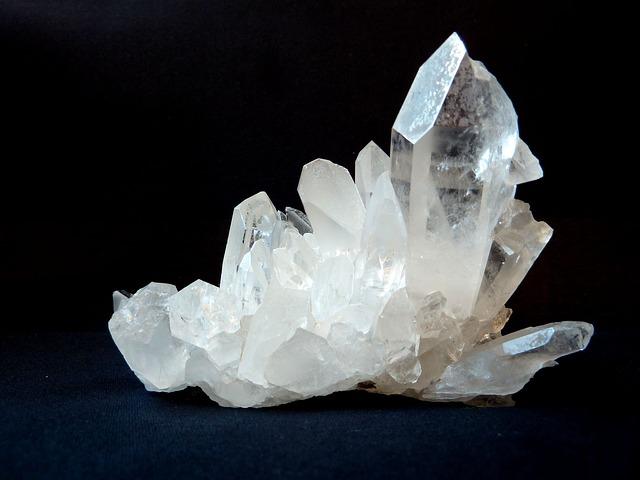 Cuarzo transparente o cristal de roca