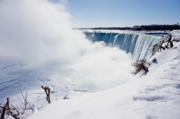 Niagarafälle Winter