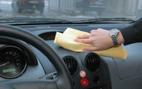 Cleaning a dashboard