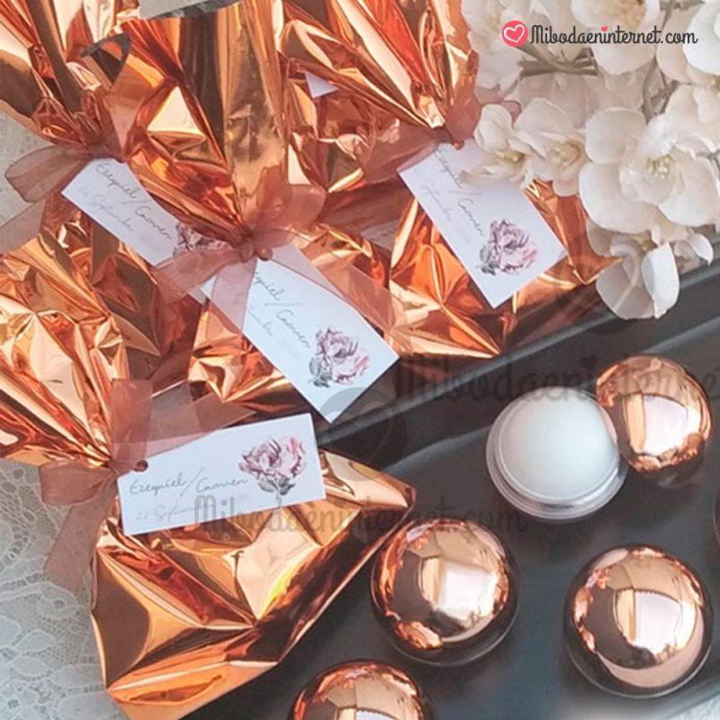 Ejemplo de presentacion de regalos de boda con bolsas metalizada venecia